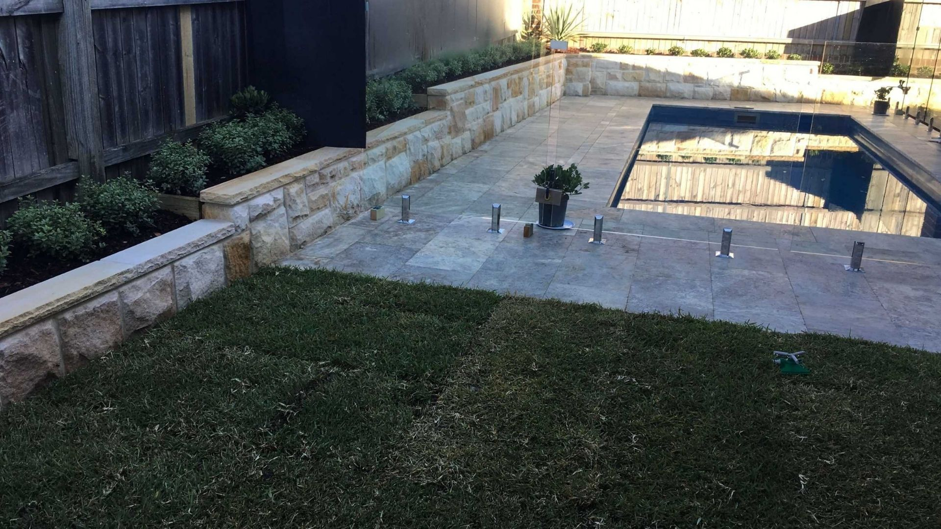 Structural Landscaping Checklist When Hiring a Professiona